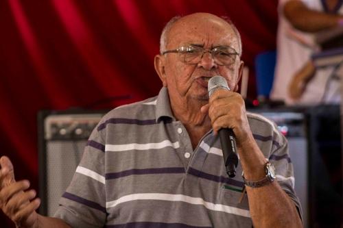 Mestre na arte de declamar, Chico Pedrosa tomou conta da plateia | Foto: Costa Neto