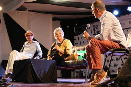 Professores Antônio Paulo (esq.) e Anco Márcio (dir). debatem como História e Literatura concebem o Sertão brasileiro | Foto: Chico Egídio